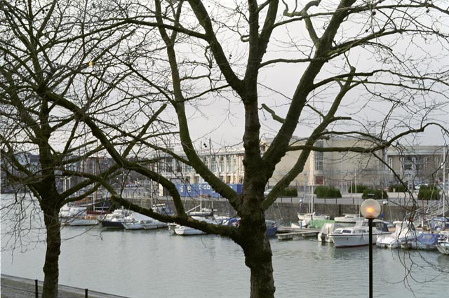 bristol UK Britain england south west pictures city photograph architecture buildings Europe young youth exchange visit holiday knowle west media project escola de bagium As a port, Bristol always suffered from a major disadvantage - it is six miles inland! The Harbourside area that exists today is a series of docks, canals and basins constructed to try and bring trade right into the centre of Bristol by water.