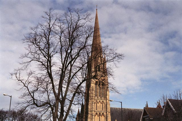 bristol UK Britain england south west pictures city photograph architecture buildings Europe young youth exchange visit holiday knowle west media project escola de bagiumAn elegant spire adorns this church.