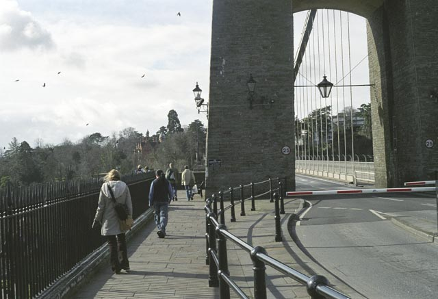 bristol UK Britain england south west pictures city photograph architecture buildings Europe young youth exchange visit holiday knowle west media project escola de bagium portuguese The towers on the bridge were based on an Egyptian design. The original plan was to include statues of sphinxes, but they were too expensive.