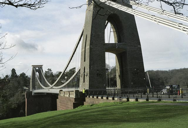 bristol UK Britain england south west pictures city photograph architecture buildings Europe young youth exchange visit holiday knowle west media project escola de bagium portuguese The bridge has a span of 214 metres, and was the longest road bridge in the world when it was opened in 1864.