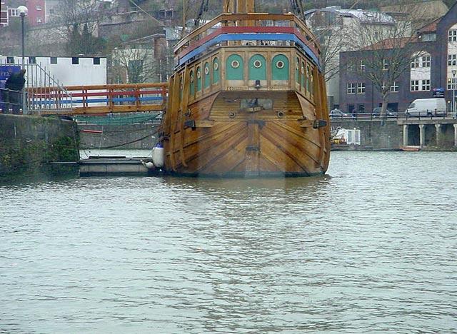 replica boat bristol water avon columbus USA colony discovery